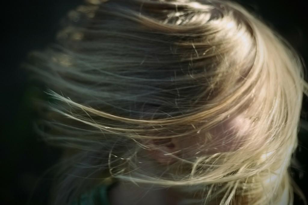 blonde-240941_1280